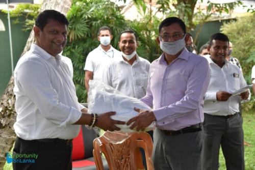 Donation by OSL to the State Minister of Urban Development